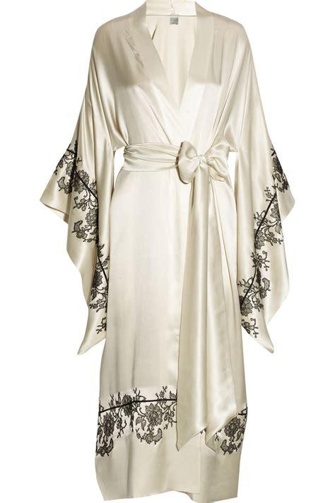 kimono robe carine gilson lace appliqu 233 d silk satin kimono robe in