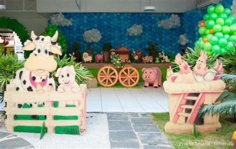farm theme decorations kara s ideas farm birthday via kara s