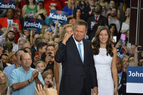 Ohio Gov Records Kasich Becomes 16th Gop Presidential Candidate Touting Economic Record Wvxu