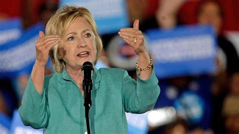 where does hilary clinton live watch live hillary clinton caigns in pennsylvania