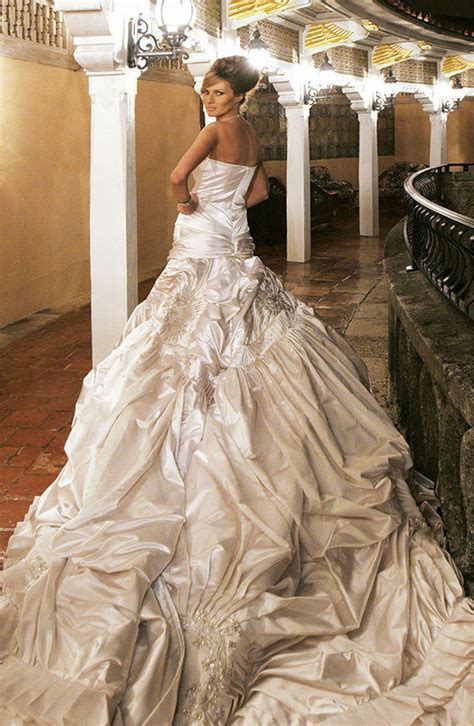 donald trump melania wedding melania trump and donald trump wedding gallery biographytree
