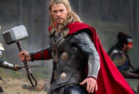 thor film photos mark mothersbaugh to score marvel s thor ragnarok