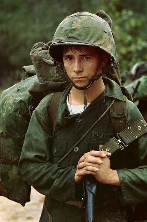 17 rare photos from the vietnam war starfluff