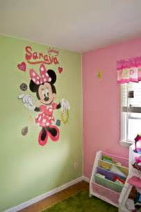 Minnie Mouse Bedroom Ideas Minnie Mouse Girls Bedroom Murals Traditional Kids