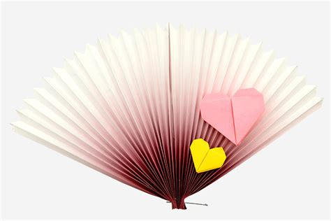 Paper Fan Origami - top 15 paper folding or origami crafts for