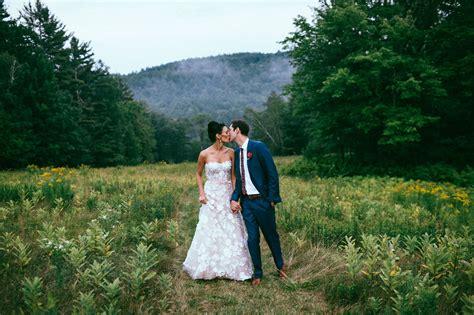 Backyard Wedding Advice Summertime Backyard New Hshire Wedding Megan Andrew