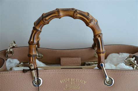 gucci pug bag gucci handbags replica gucci oliver pug embellished key chain replica