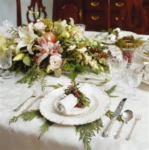 Centerpiece Ideas For Christmas Table - 33 extravagant floral arrangements for your dining table