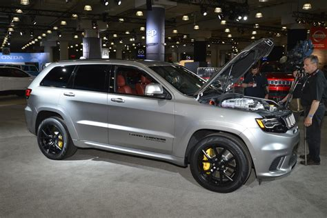 jeep trackhawk grey jeep s 707hp grand trackhawk looks even better in