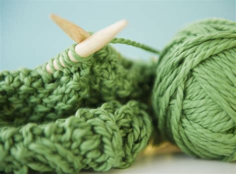 natural green fabric dyes  plants