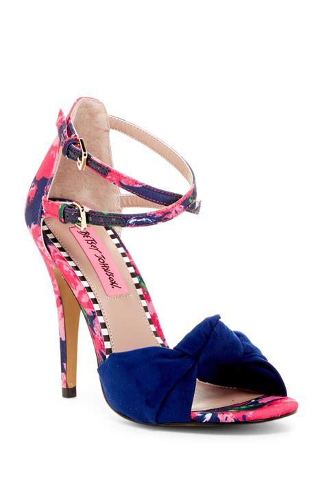 betsey johnson emerie dress shoe nordstrom rack