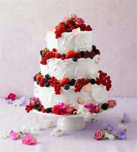 mehrstöckige torte ohne gestell die besten 17 ideen zu mehrst 246 ckige torte auf