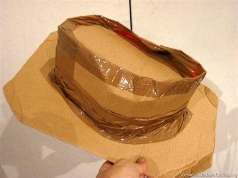 Como Hacer Sombreros De Vaqueros Para Ninas | como elaborar unas botas para disfraz de vaquera en fomi