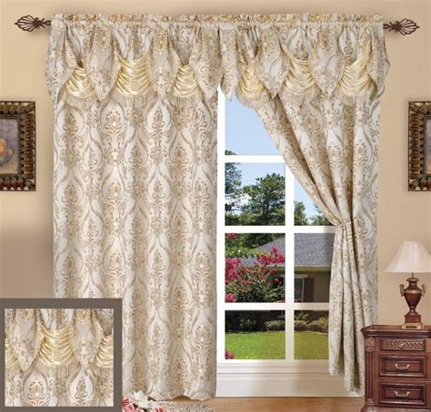 Kitchen Curtains Sale Country Curtains Sale At The Rink 2017 Country Style Curtains Country Kitchen Curtains Country