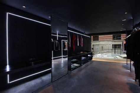 Black Barrett store, Hong Kong » Retail Design Blog
