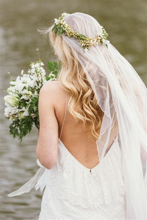 Wedding Hairstyles Veil And Flower by Fresh Wedding Inspiration And Beautiful Bridal Styling