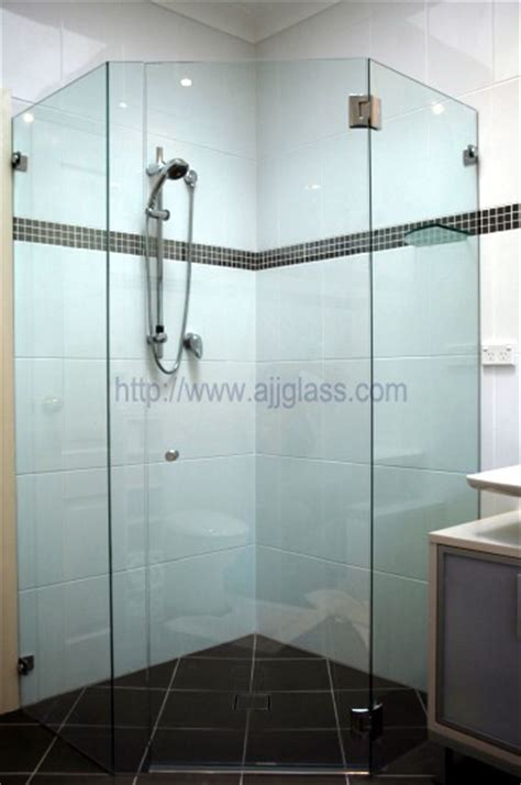 What Types Of Glass Is Good For Shower Doors Ajj Glass Types Of Shower Door Glass