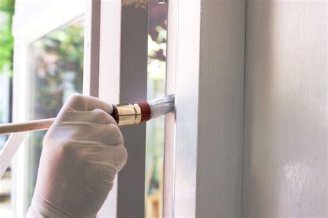 Kunststoff Furnier Lackieren by Jak Odnowić I Pomalować Stare Drewniane Okna Dom Pl
