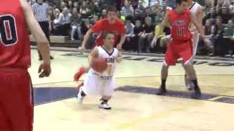 Video 4 foot 1 basketball player scores the feel good moment of the