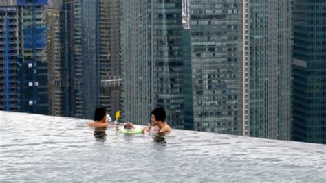 marina bay sands infinity pool entrance fee marina bay sands singapore s infinity pool smart