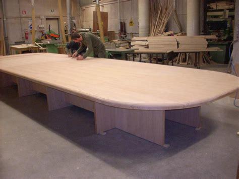 tavoli lunghi tavoli riunioni su misura