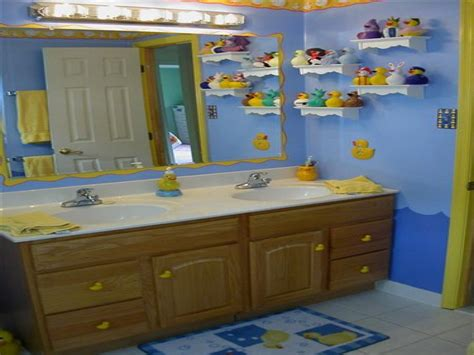 Rubber Duck Bathroom Accessories by Rubber Duck Bathroom Decor Photos And Products Ideas
