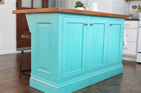 turquoise island kitchen ideas