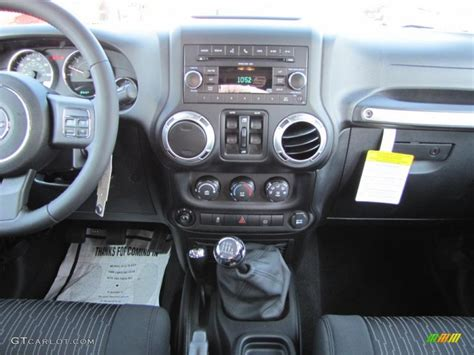 Jeep Wrangler Unlimited Manual Transmission 2011 Jeep Wrangler Unlimited Call Of Duty Black Ops