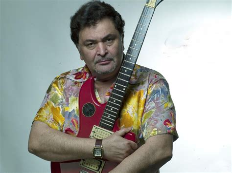 actor vijay cell phone number rishi kapoor address customer care numbers toll free