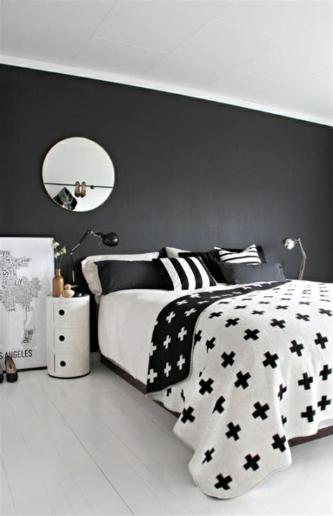 wall color black  examples  successful interior