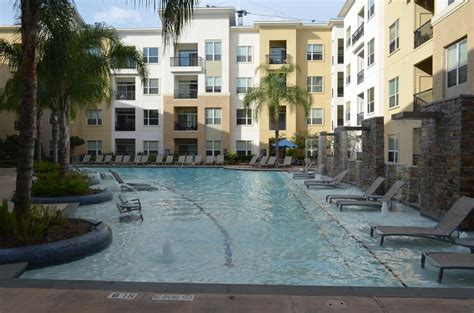 Apartments By Domain Tx Apartment Domain At Citycentre Houston Tx Booking