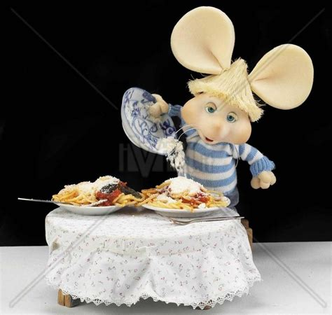 Pasta Gigi Hd 64 best topo gigio images on computer mouse