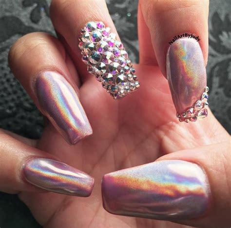 Holographic Nail Designs