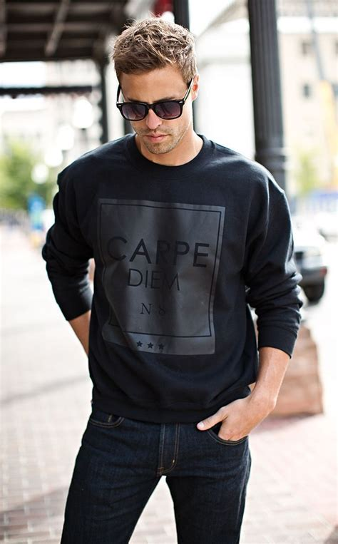 Dc Read It Cew Sweater crew neck sweater 3 stunning ways to wear a crew neck