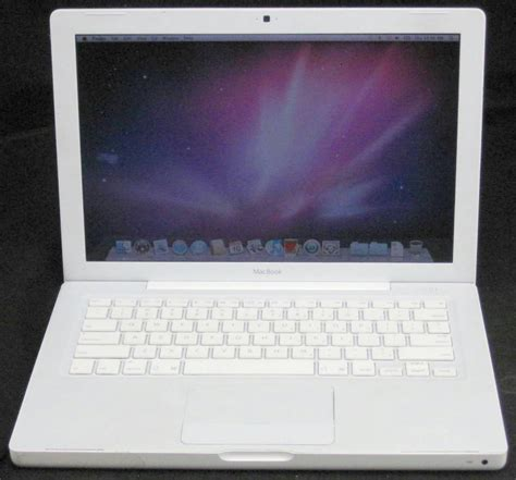 Laptop Apple Model A1181 apple macbook a1181 13 3 quot 2 duo 2 0ghz 1gb ram 250gb