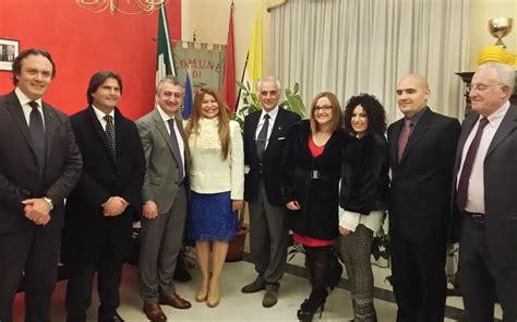 consolato generale russo qualiano internazionale in municipio i consoli di