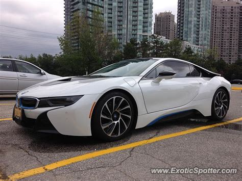 bmw i8 canada bmw i8 spotted in mississauga canada on 08 15 2015