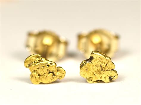 gold nugget stud earrings with 14k posts and backs