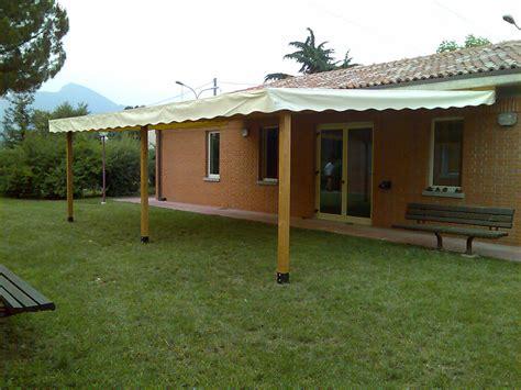 tettoie da giardino in legno tettoie per giardino in legno lamellare