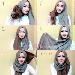 tutorial hijab pashmina simple untuk kebaya tutorial hijab pashmina untuk ke kantor jilbab tutorial