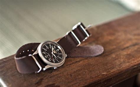 Jam Tangan Kayu Ak Feminim 12 best images about timepieces on tag heuer