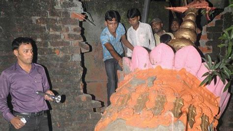 india yesterday eleven killed as strong quake hits northeast india and