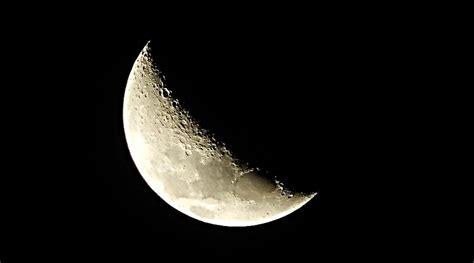 cuarto menguante y cuarto creciente luna creciente o cuarto creciente significado rituales y