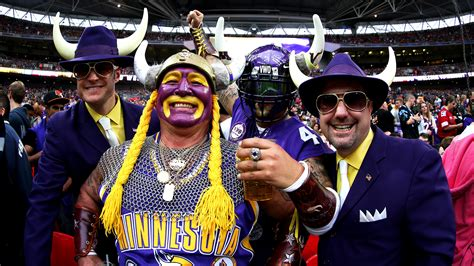 minnesota fan vikings fans planning to sign up as uber drivers drop