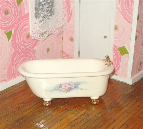 dollhouse bathtub miniature dollhouse vintage porcelain bathtub haute juice