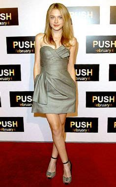 casting couch crystal and jane brittany murphy and dakota fanning people pinterest