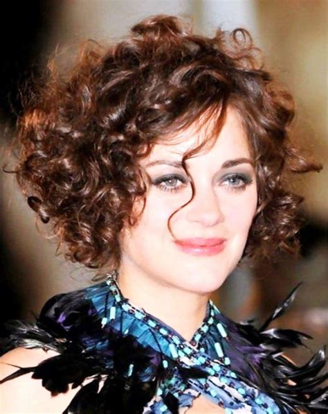 hairstyles for with curly hair hairstyles that suit your shape find the best haircuts for your shaped easy
