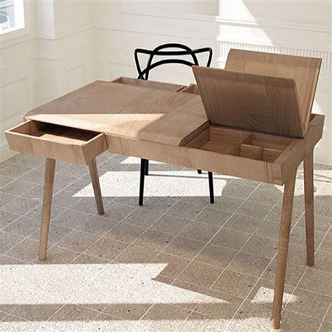 schreibtischle design metis scrivania di design in legno dotata di cassetti e