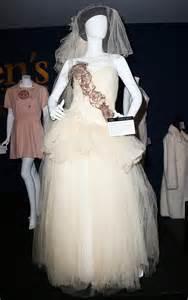 Madonna's Sean Penn Wedding Dress Sells for More Than U.S