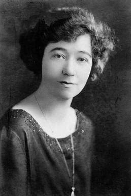 Isobel Miller Kuhn - Wikipedia